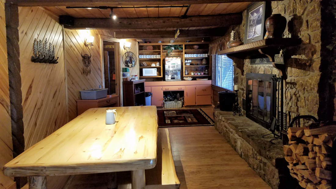 High Country Lodge and Cabins, Colorado, Hotel near Wolf Creek 17