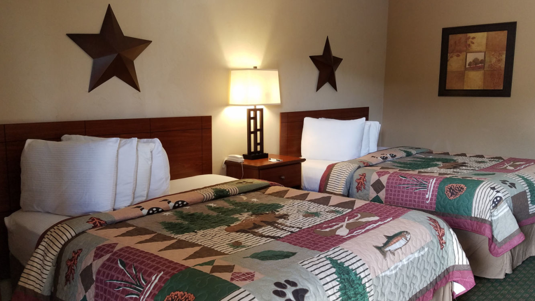 High Country Lodge and Cabins, Colorado, Hotel near Wolf Creek 5