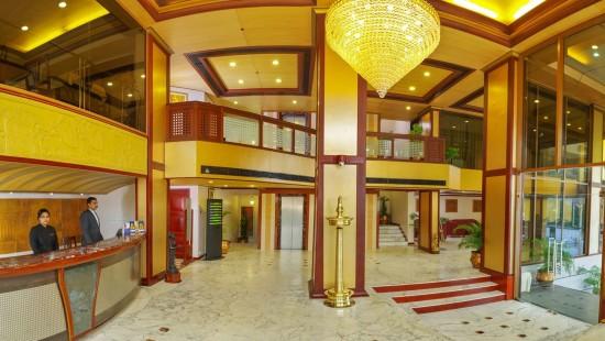 Lobby Classic Sarovar Portico Thiruvananthapuram j12nzv