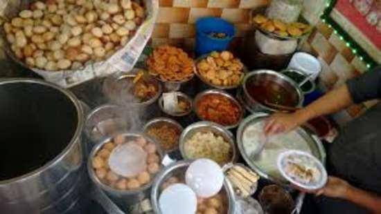 Emblem Hotels  chawri bazar food