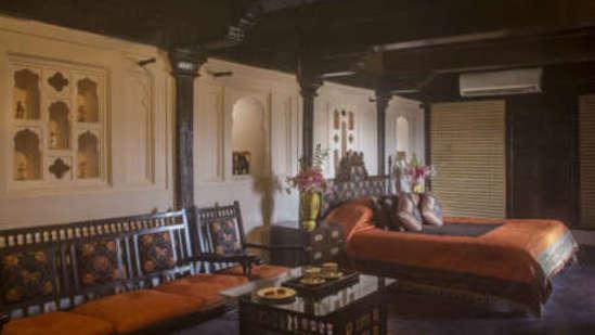Maharaja Suiteat  Fort JadhavGADH Resort Near Pune and Mumbai