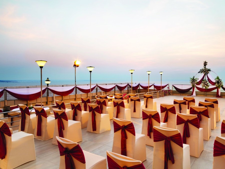 alt-text Roof top banquet Hall at Hotel Ramada Plaza Palm Grove Juhu Beach Mumbai, Roof top Banquets in Juhu Mumbai