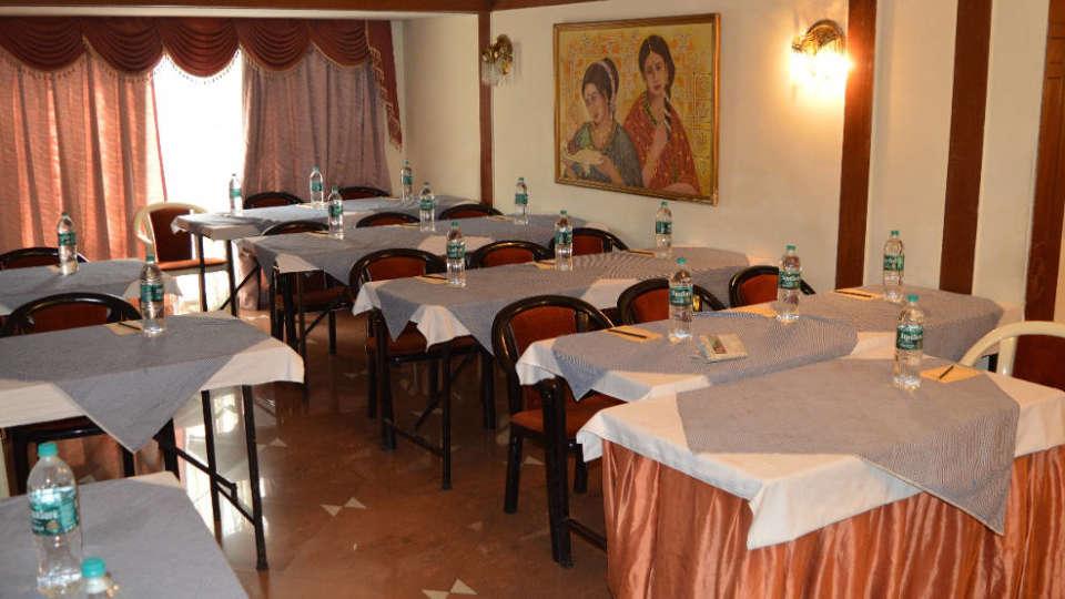 Banquet Hotel Kohinoor Executive Deccan Gymkhana Pune 1