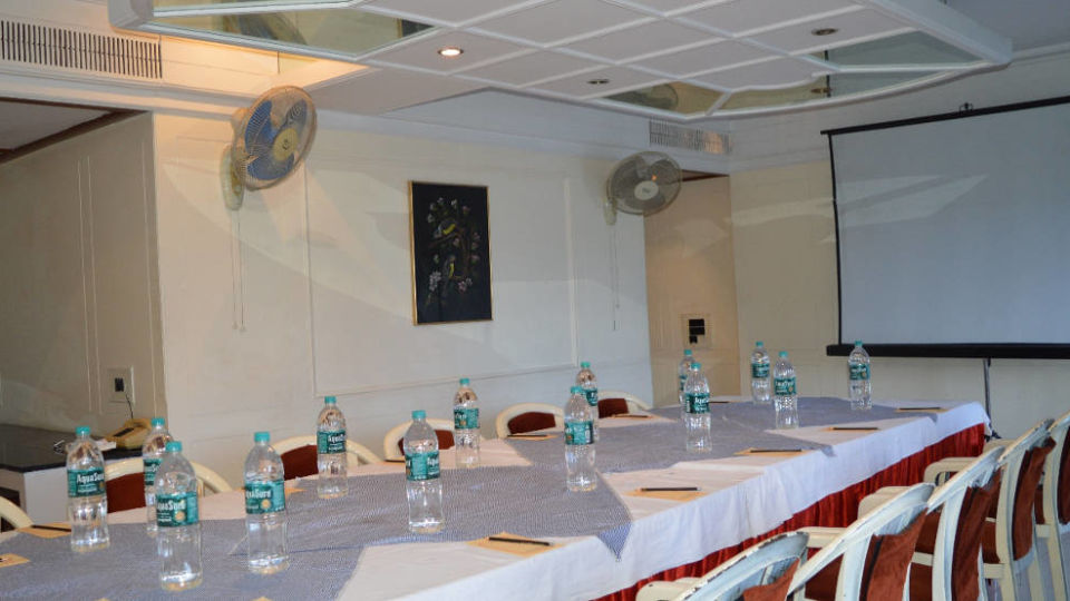 Banquet Hotel Kohinoor Executive Deccan Gymkhana Pune 4