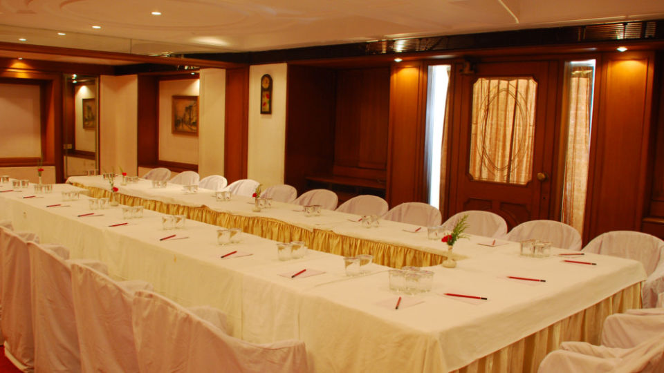 Banquet Hotel Kohinoor Executive Deccan Gymkhana Pune 5