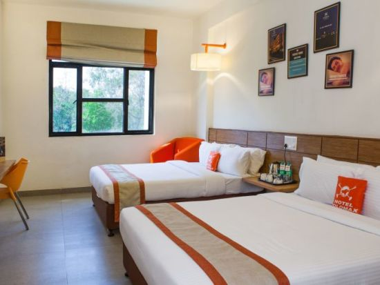 Max Family Room Hotel Polo Max Allahabad e8mv79