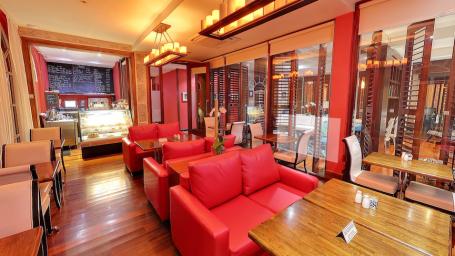 The Cafe, Spanish Court Hotel, Kingston