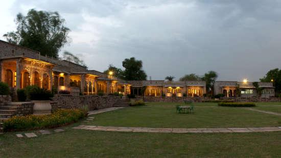 Deo Bagh - 17th Century, Gwalior Gwalior 1