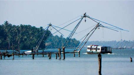Ashtamudi-Lake Biverah Hotel Suites Trivandrum