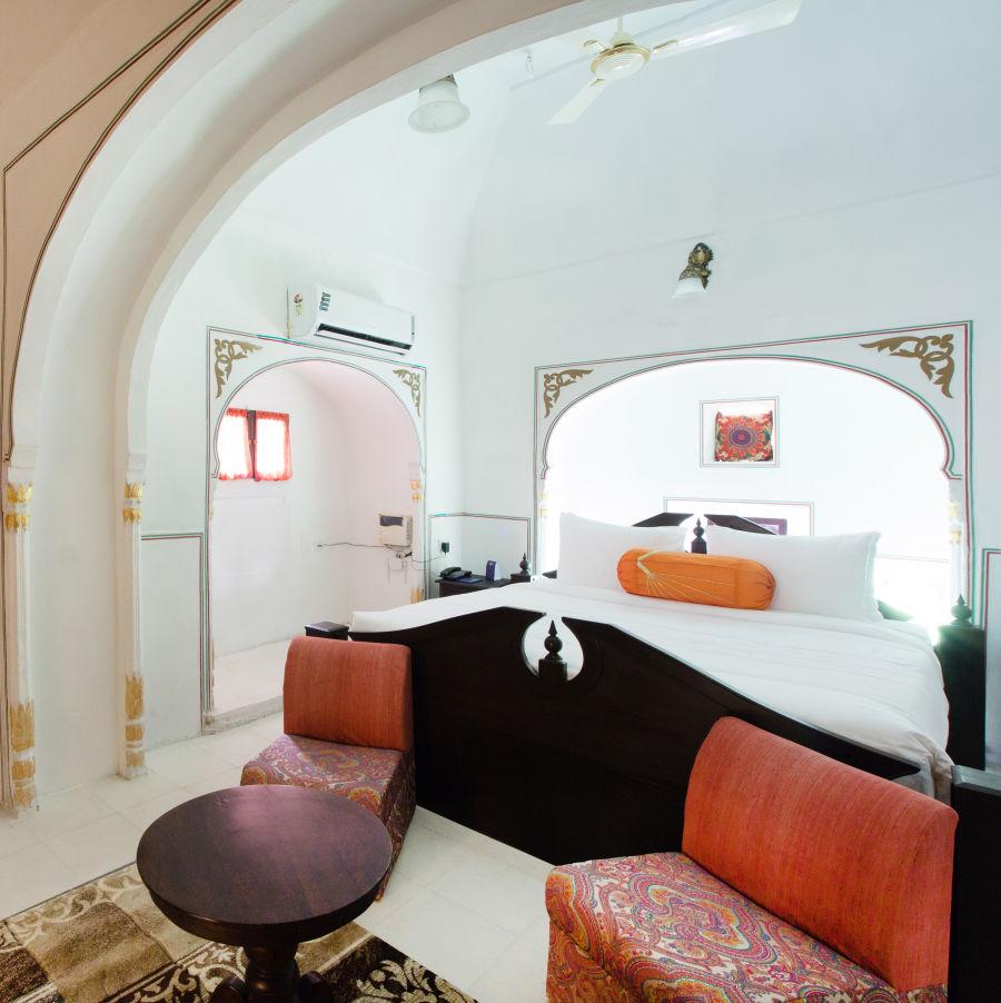alt-text Heritage Room at Bara Bungalow Kalwar, Jaipur 4, Jaipur rooms, stay in Jaipur
