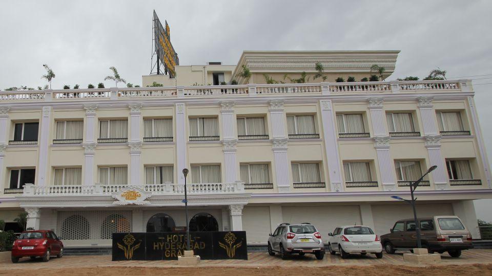 Hotel Hyderabad Grand Hyderabad Facade Hotel Hyderabad Grand Hyderabad 6