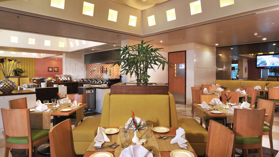 Flavours - Restaurant at Hometel Chandigarh, best restaurants in chandigarh 2