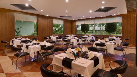 Restaurant in Mathura at Shri Radha Brij Vasundhara Resort Spa Mathura - Resort in Mathura 2