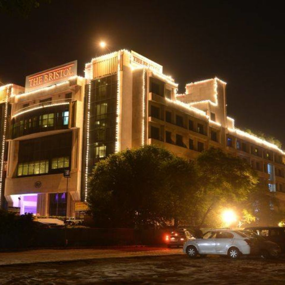 Entrance at The Bristol Hotel Luxury hotel in Gurgaon 50