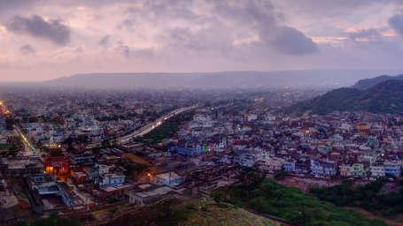 hotel in jaipur, clarks amer, pink city