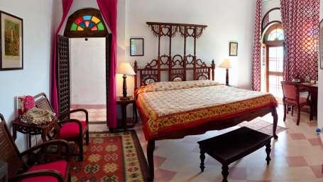 Neemrana Fort-Palace - 15th C, Delhi-Jaipur Highway Neemrana Urvashi Mahal Hotel Neemrana Fort Palace Neemrana Rajasthan
