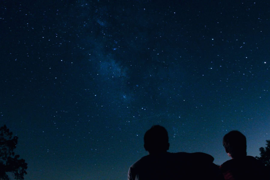 alt-text Discover the night sky with Celestial Star Gazing Experience