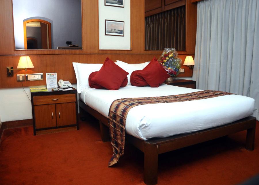alt-text Suites in kolkata  Polo Floatel Calcutta Kolkata  Budget Hotels in Kolkata 2