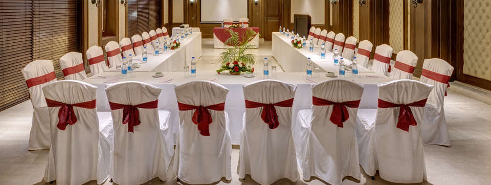 Banquet halls in Kolkata coronation hall at The Astor by Rosakue 1