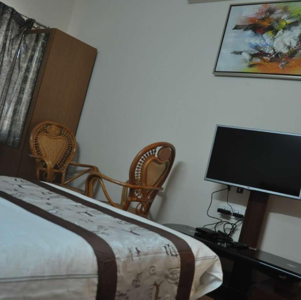 deluxebedroom GKhill 3