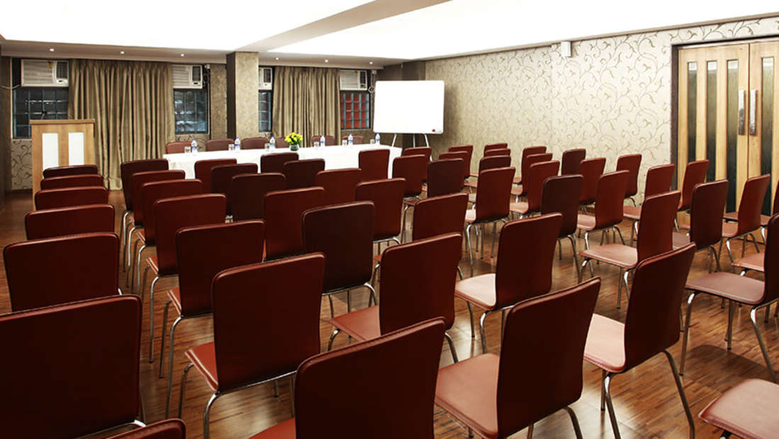 banquet Mumbai Hotel in Chembur Hotel Maharana Inn 3