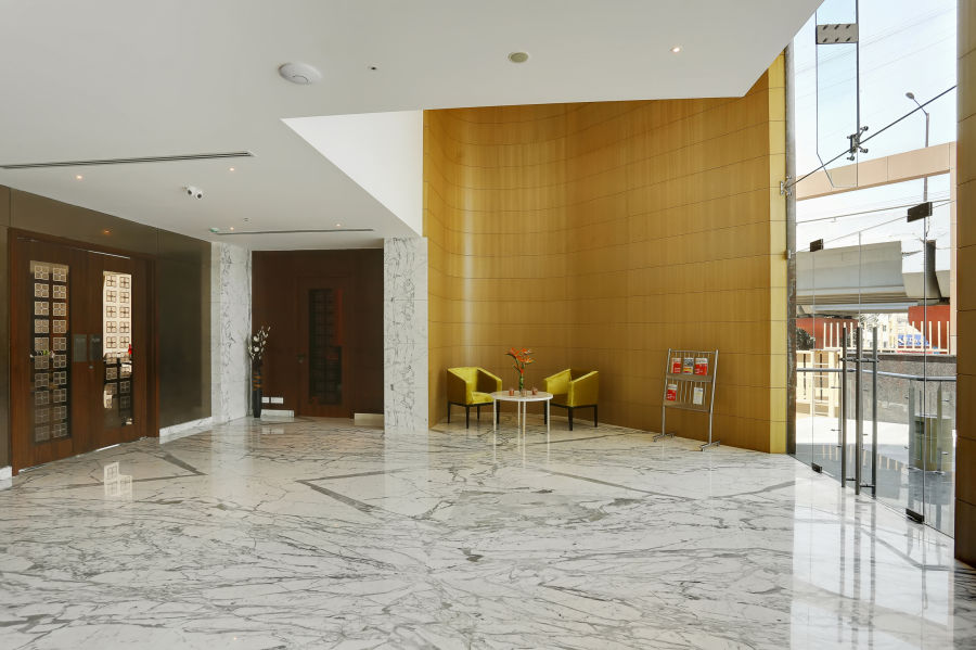 alt-text business hotel in Bangalore IMG 7076 7 8Adjust