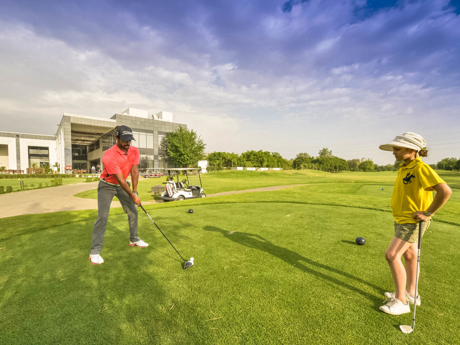 alt-text Karma Lakelands Golf Club in Gurgaon Karma Lakelands Golf Clubs Golf Course in Gurgaon 1