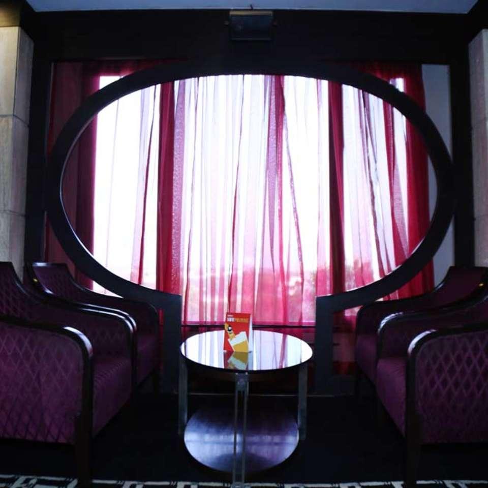 Shanghai Bar & Lounge, The Bristol Hotel Gurgaon, Evening In Gurgaon 3413