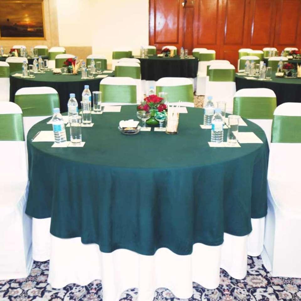 Victoria Banquet Hall , The Bristol Hotel Gurgaon, Banquet Hall near Cyber City 6173