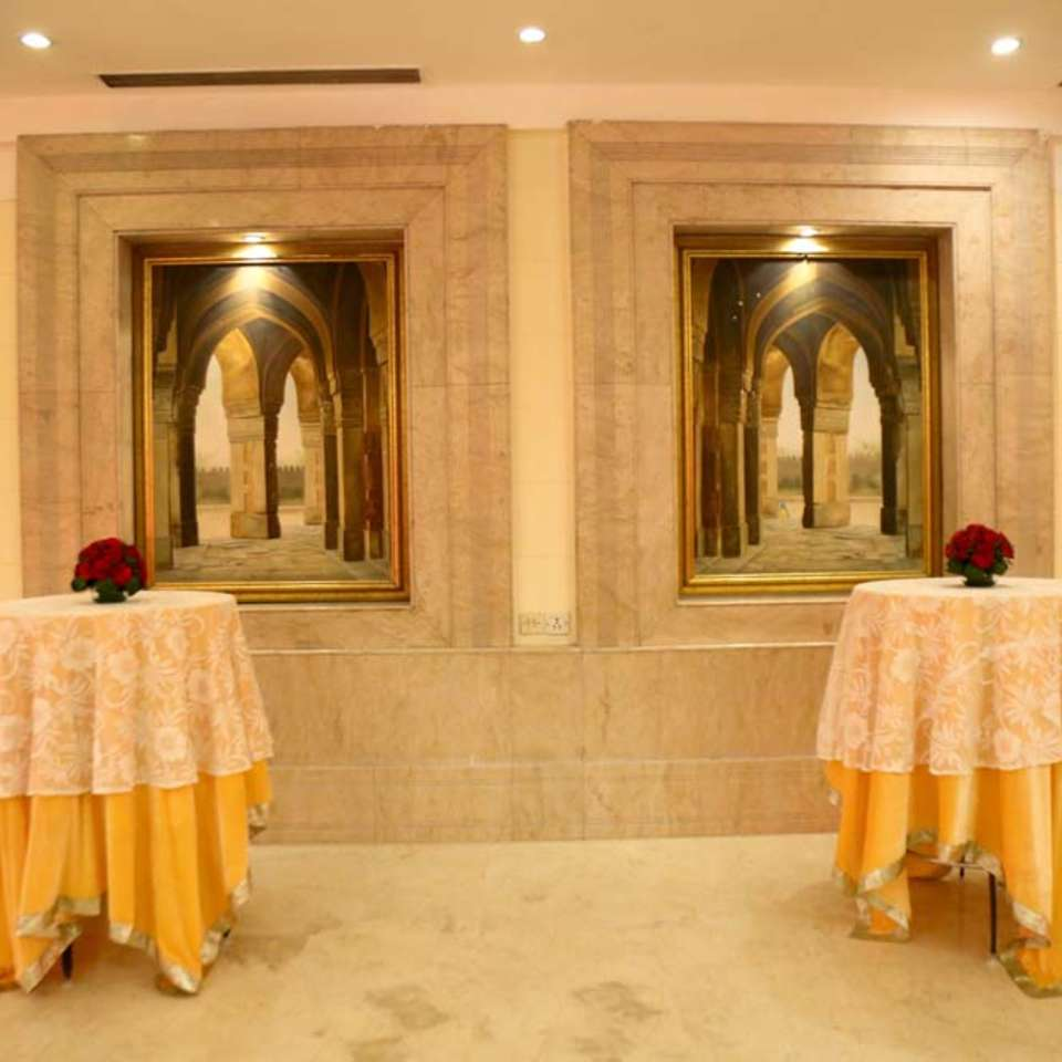 Victoria Banquet Hall , The Bristol Hotel Gurgaon, Banquet Hall near Cyber City 6823