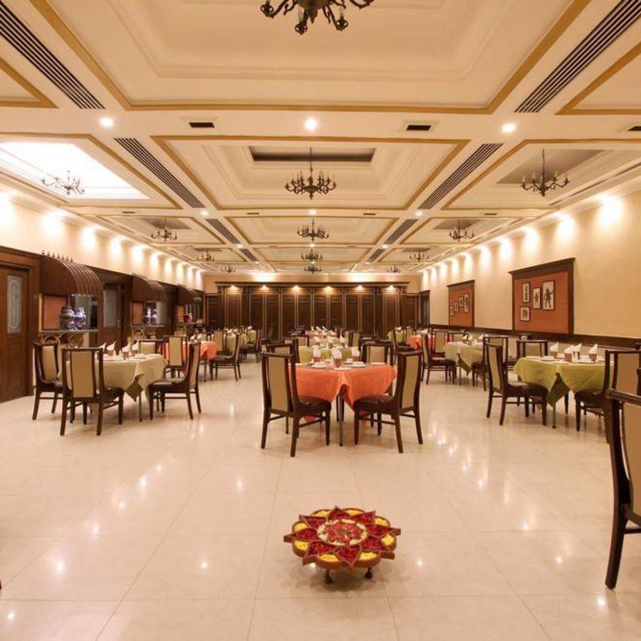 alt-text Taj Mahal Hotel Abids Hyderabad Dakshina Mandapa 02