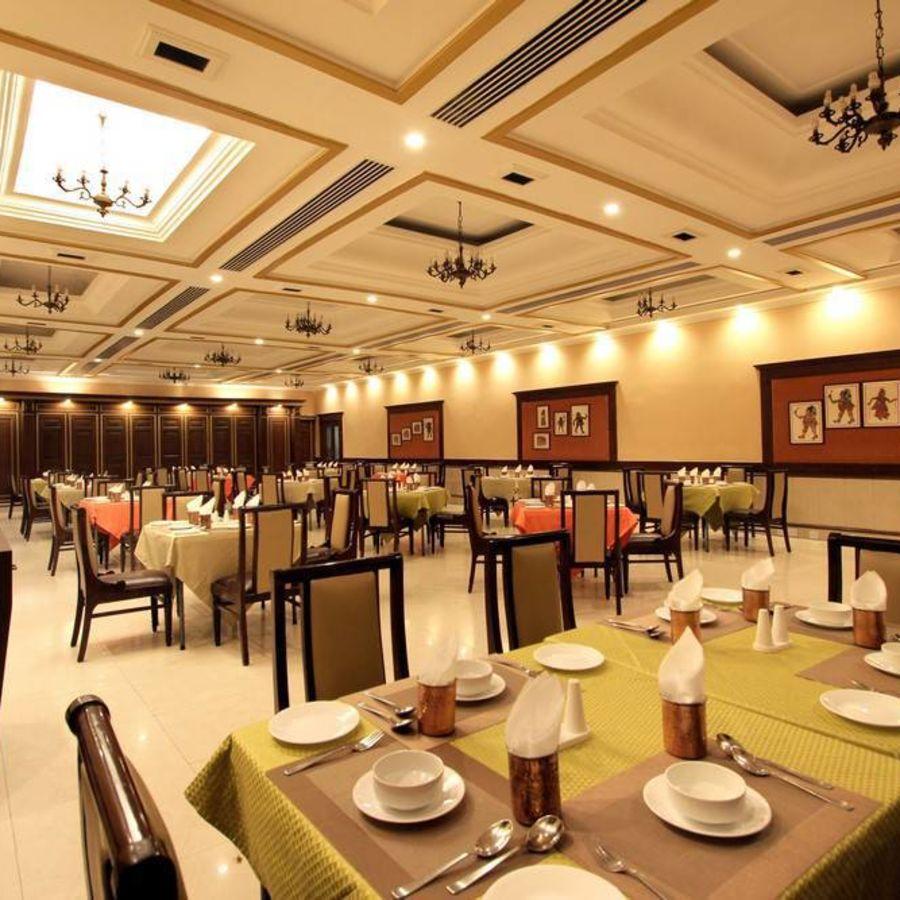 alt-text Taj Mahal Hotel Abids Hyderabad Dakshina Mandapa 04