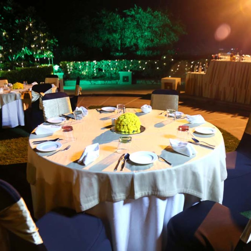 The Regent Park, The Bristol Hotel Gurgaon,Party Hall In Gurgaon 5513
