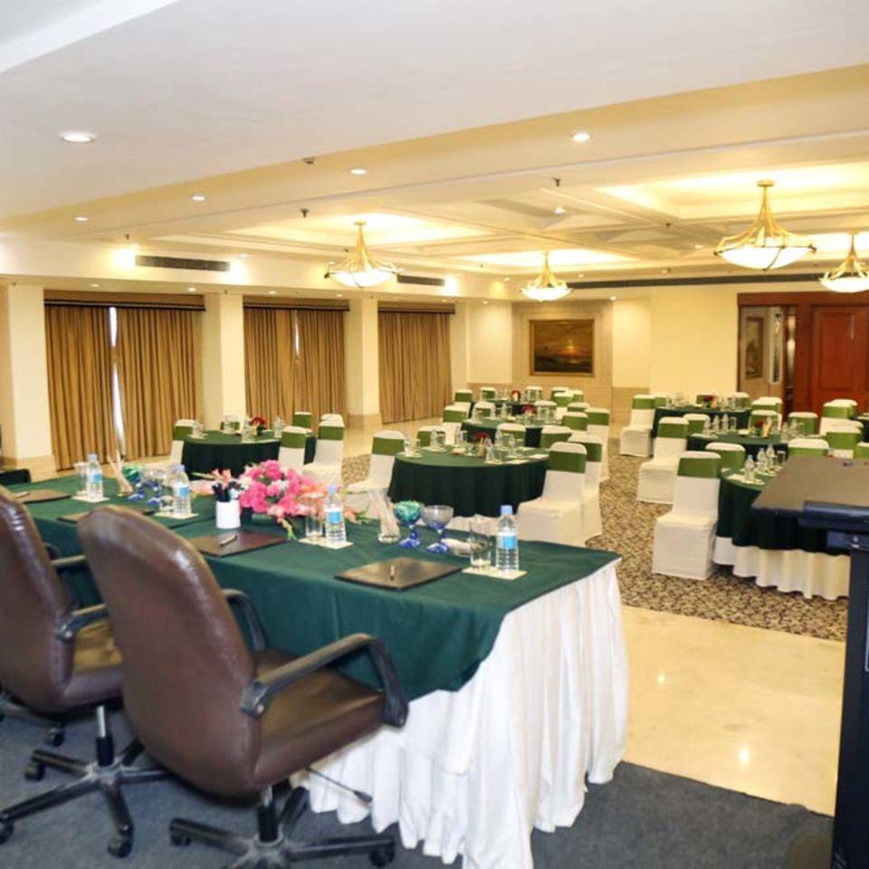 Victoria Banquet Hall , The Bristol Hotel Gurgaon, Banquet Hall near Cyber City 6150