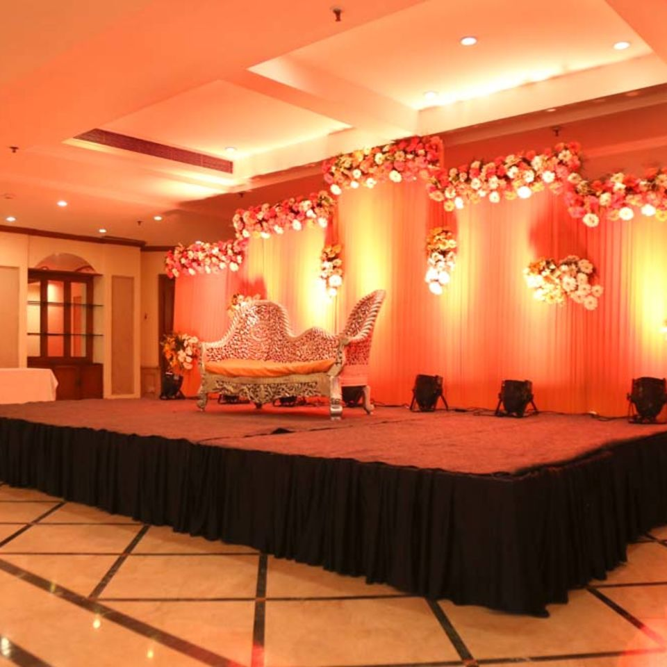 Victoria Banquet Hall , The Bristol Hotel Gurgaon, Banquet Hall near Cyber City 6690