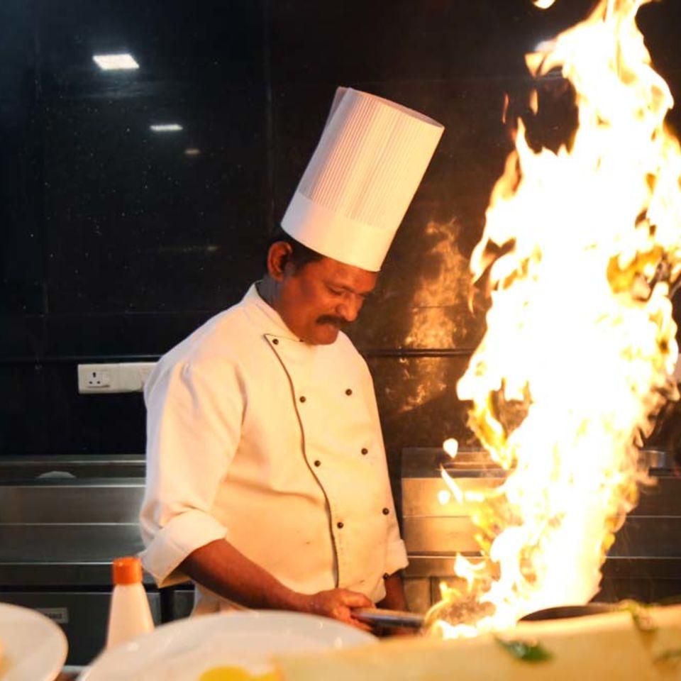 Zaffran Restaurant , The Bristol Hotel, Gurgaon, Dining In Gurgaon 2399