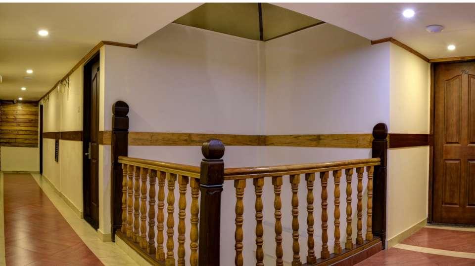 Lobby and Reception at Summit Hermon Hotel Spa Darjeeling 2