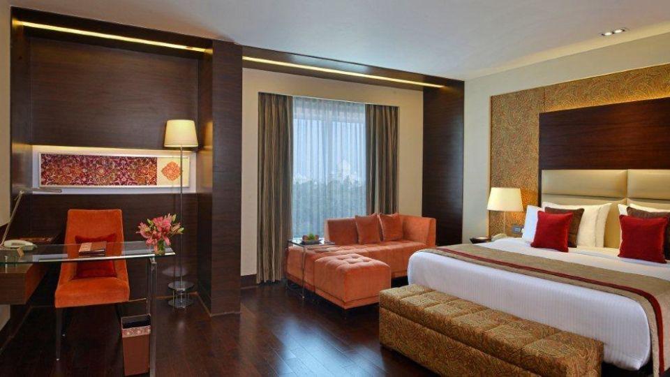 Studio Rooms Taj Facing Crystal Sarovar Premiere Agra