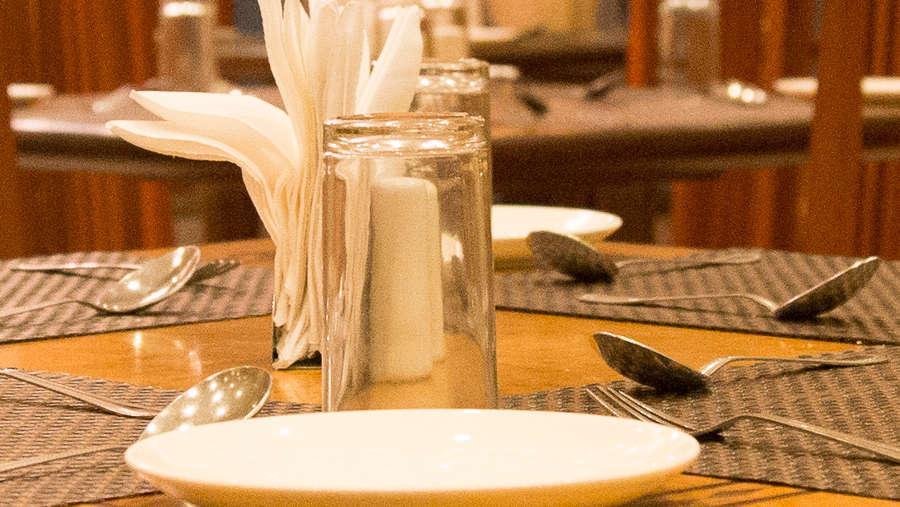 Premium Restaurant in Ahmedabad, Ahmedabad Restaurant, Vegan restaurant in Ahmedabad, Hotel Sarovar Ahmedabad