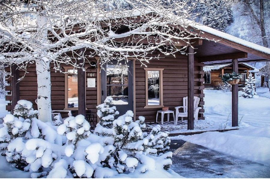 alt-text High Country Lodge and Cabins, Colorado, Hotel near Wolf Creek 4
