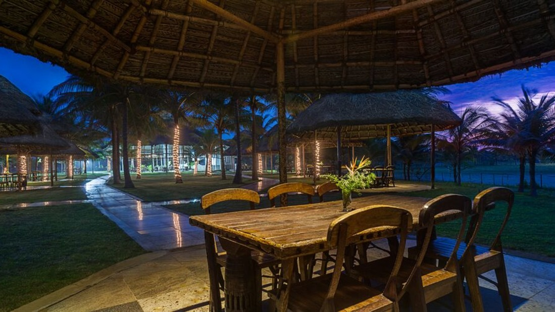 Coast - Sea Food Restaurant Chariot Beach Resort Mahabalipuram Chennai 1