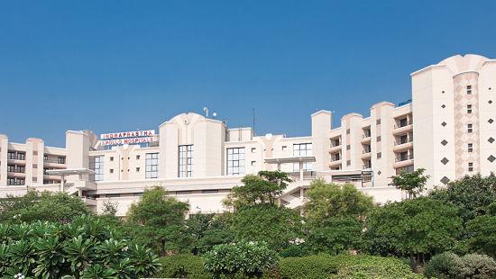 Emblem Hotel, New Friends Colony, New Delhi Delhi Indraprastha Apollo Hospitals Emblem Hotel New Friends Colony New Delhi