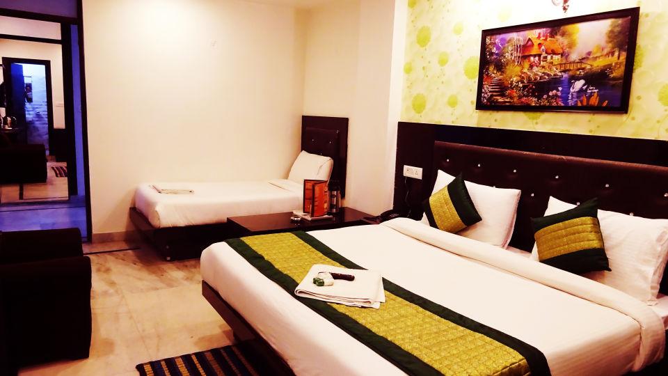 Hotel Noida International, Noida Noida DSC01355