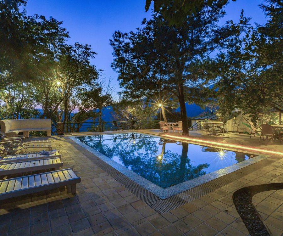 alt-text Swimming Pool Bara Bungalow Gethia Nainital Gethia Resort