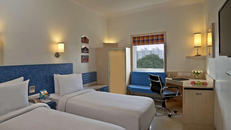 Superior Rooms Nirwana Hometel Jaipur l