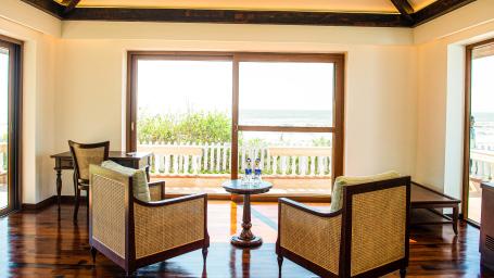 Sea Side Cottage 1