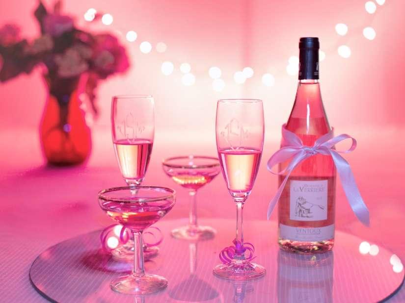 pink-wine-1964457 1920