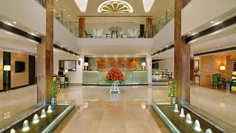 Lobby 2 Taurus Sarovar Portico IGI Delhi