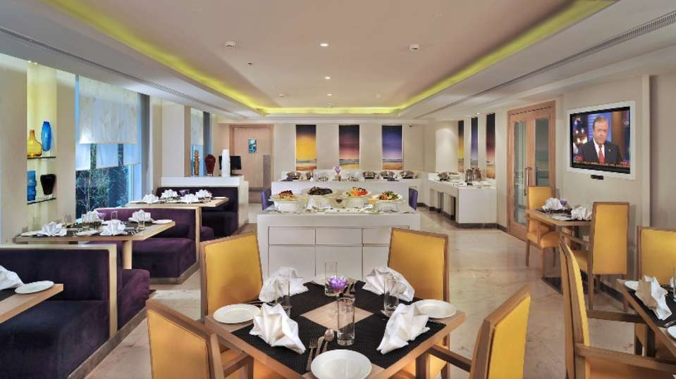 Restaurants At The Ashtan Sarovar Portico, Hotels in South Delhi, Business Hotel In Green Park 9