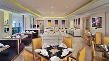 Restaurants At The Ashtan Sarovar Portico, Hotels in South Delhi, Business Hotel In Green Park 9